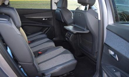 Peugeot 5008 7-Seat SUV – Motion & Emotion