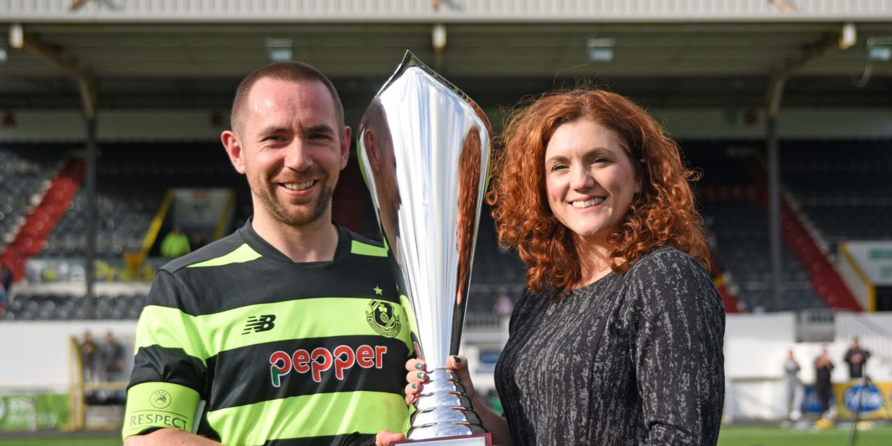 SHAMROCK ROVERS LIFT FYFFES CUP