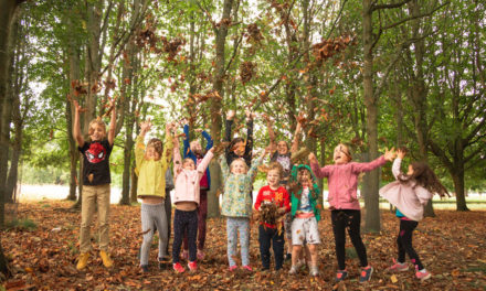 'Be nature nice' and plant a tree for Tetra Pak Tree Day