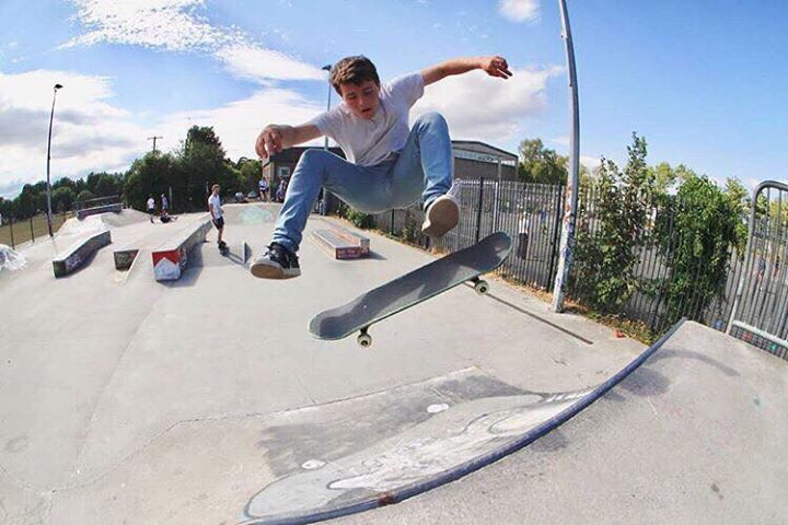 Petition to Have Floodlights at Lucan Skate Park Turned On