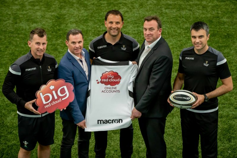 Big Red Cloud Guinness Pro 14