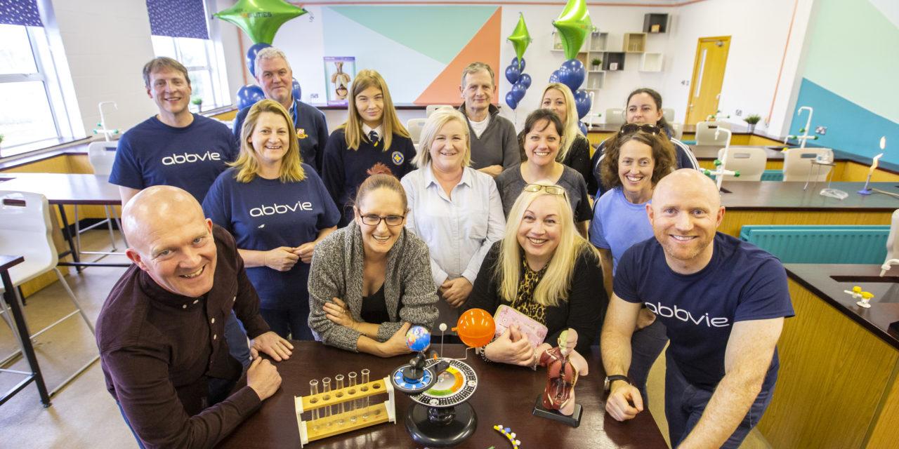 AbbVie's Employees Transform DEIS School's Science Facilities