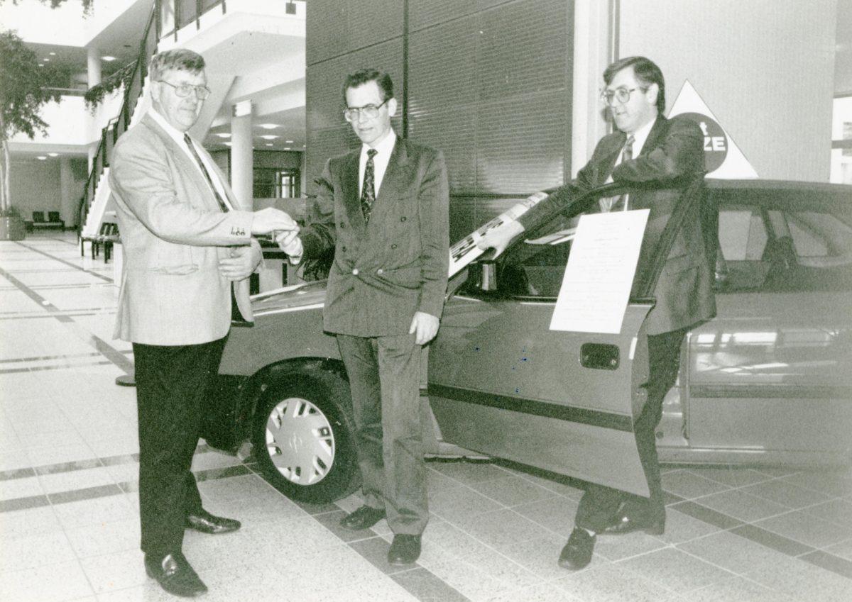 Nostalgic Newsgroup; Presentation Opel Astra 95