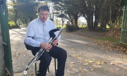 Tallaght Uileann Piper Plays at Gay Byrne's Funeral