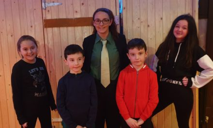 Over the Yellow Brick Road with Clondalkin Drama Group