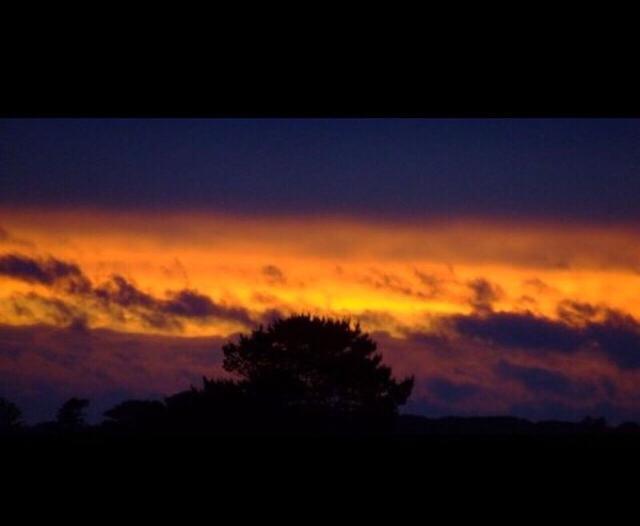 Sunset-Niamh-Russell